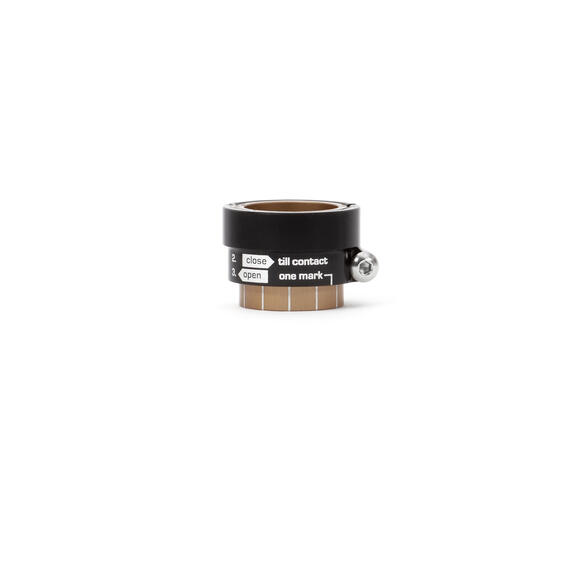 MicroAdjust Cap Rear Hub M40, Right Side for Straiht Rear